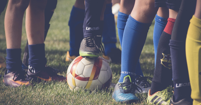 sport, scarpe, calze e pallone