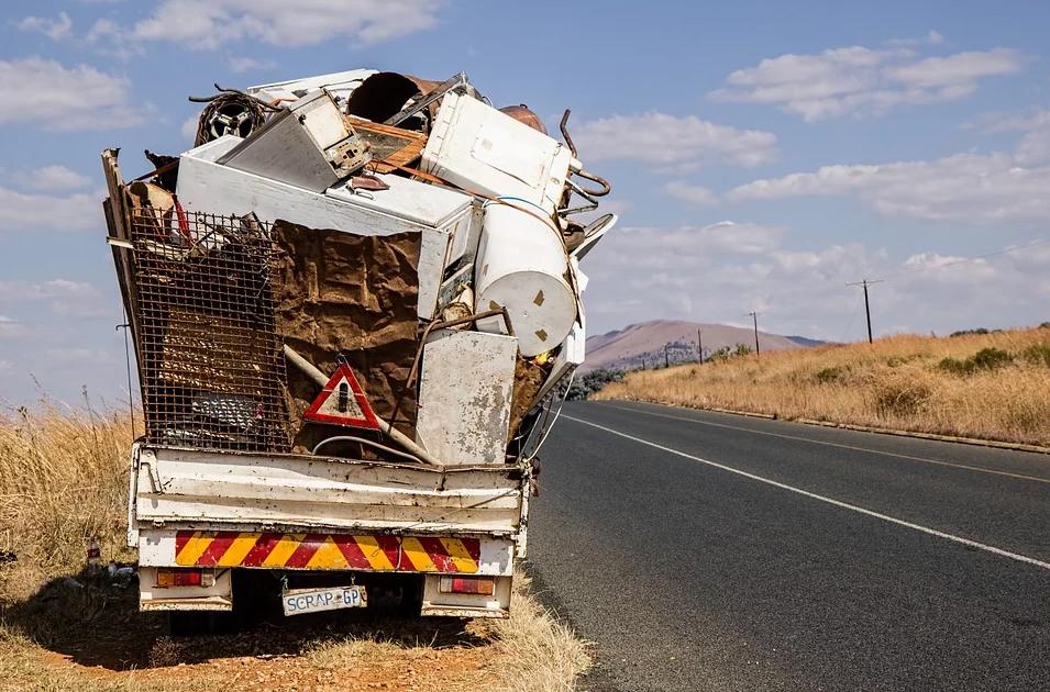 Portare i rifiuti in piattaforma: vai senza appuntamento