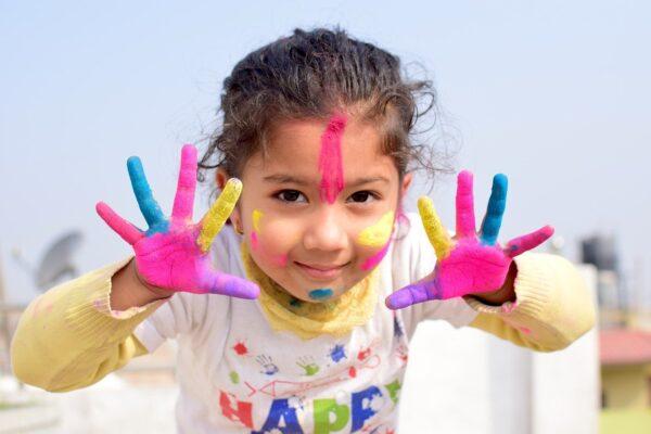 Cerchiamo candidati che offrano servizi per lo sviluppo cognitivo e socio-emotivo infantile (iniziativa
