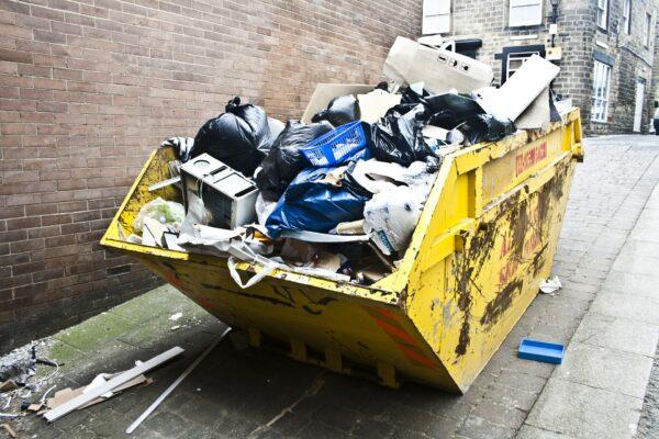 Portare i rifiuti alla Piattaforma ecologica