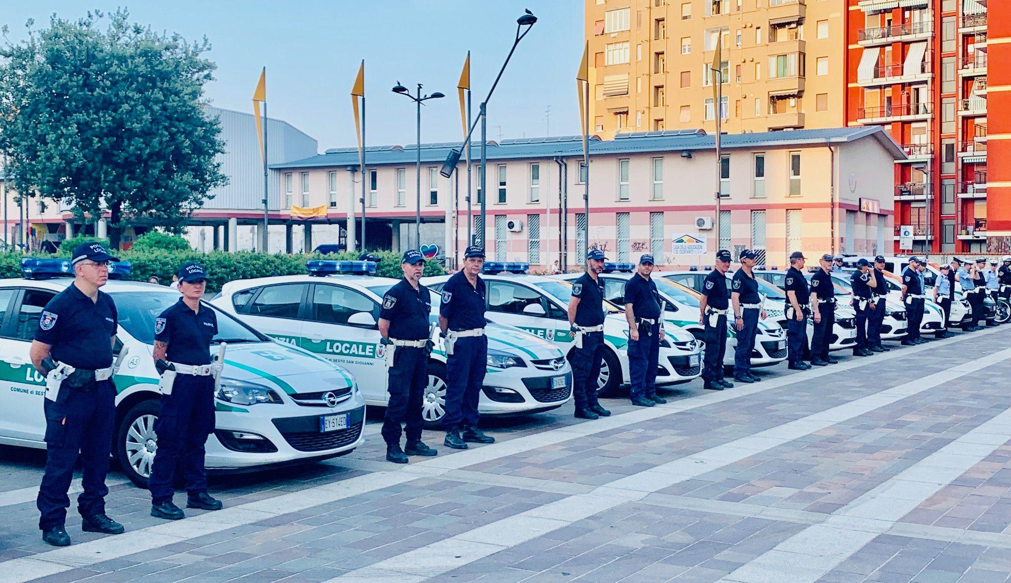 polizia locale schieramento