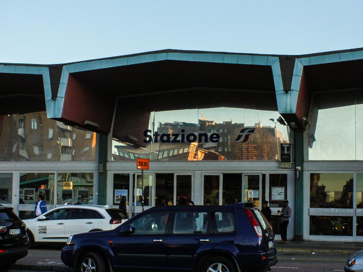 Stazione ferroviaria FS