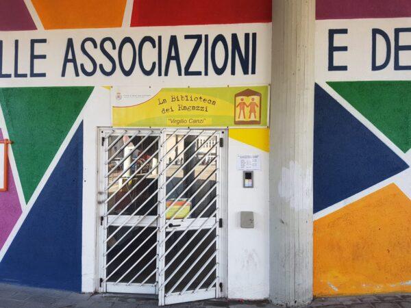 punto prestiti biblioteca dei ragazzi in Piazza Oldrini