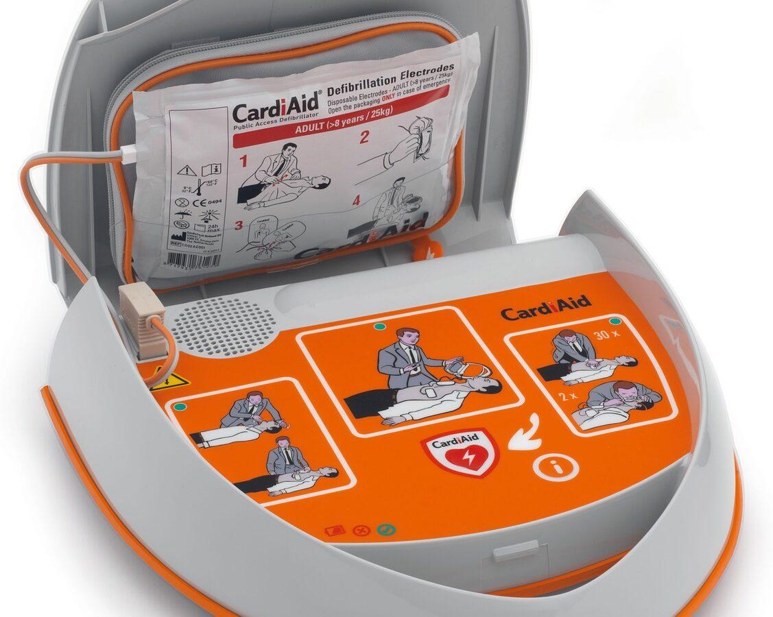 Polizia Locale, un nuovo defibrillatore a bordo delle pattuglie