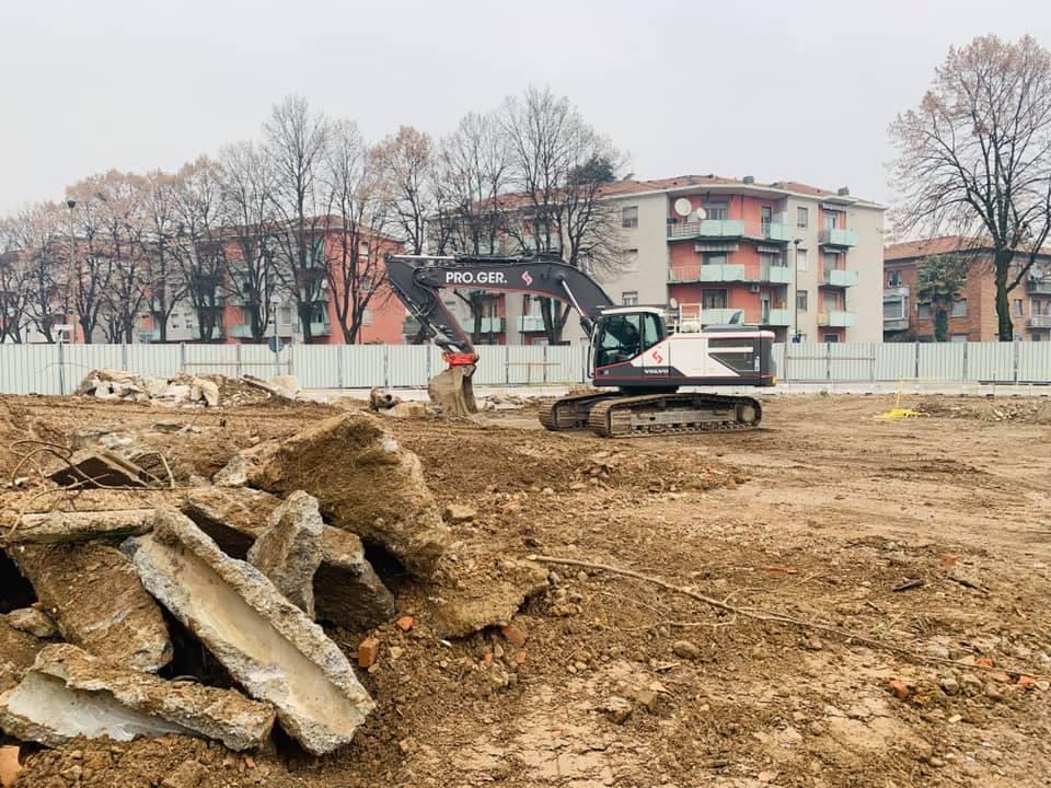 Piscina Carmen Longo, via agli scavi per il nuovo lido estivo multifunzionale