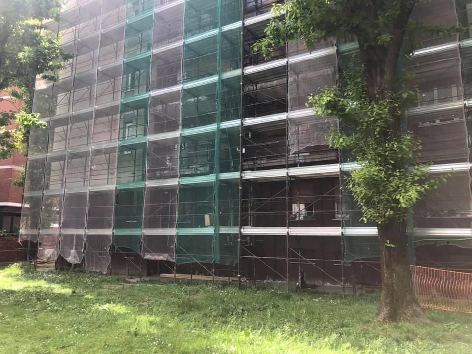 Via Campestre 250, in corso i lavori di riqualificazione completa degli edifici