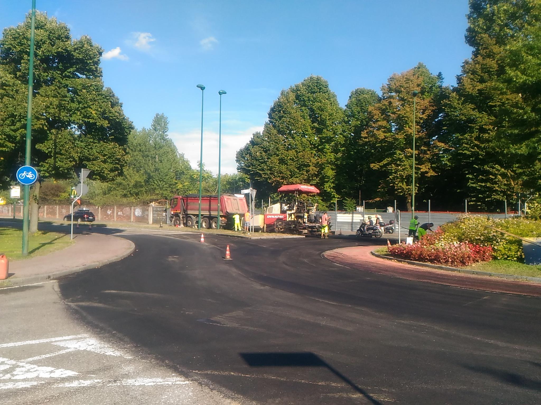 asfalto viale Italia agosto 2021