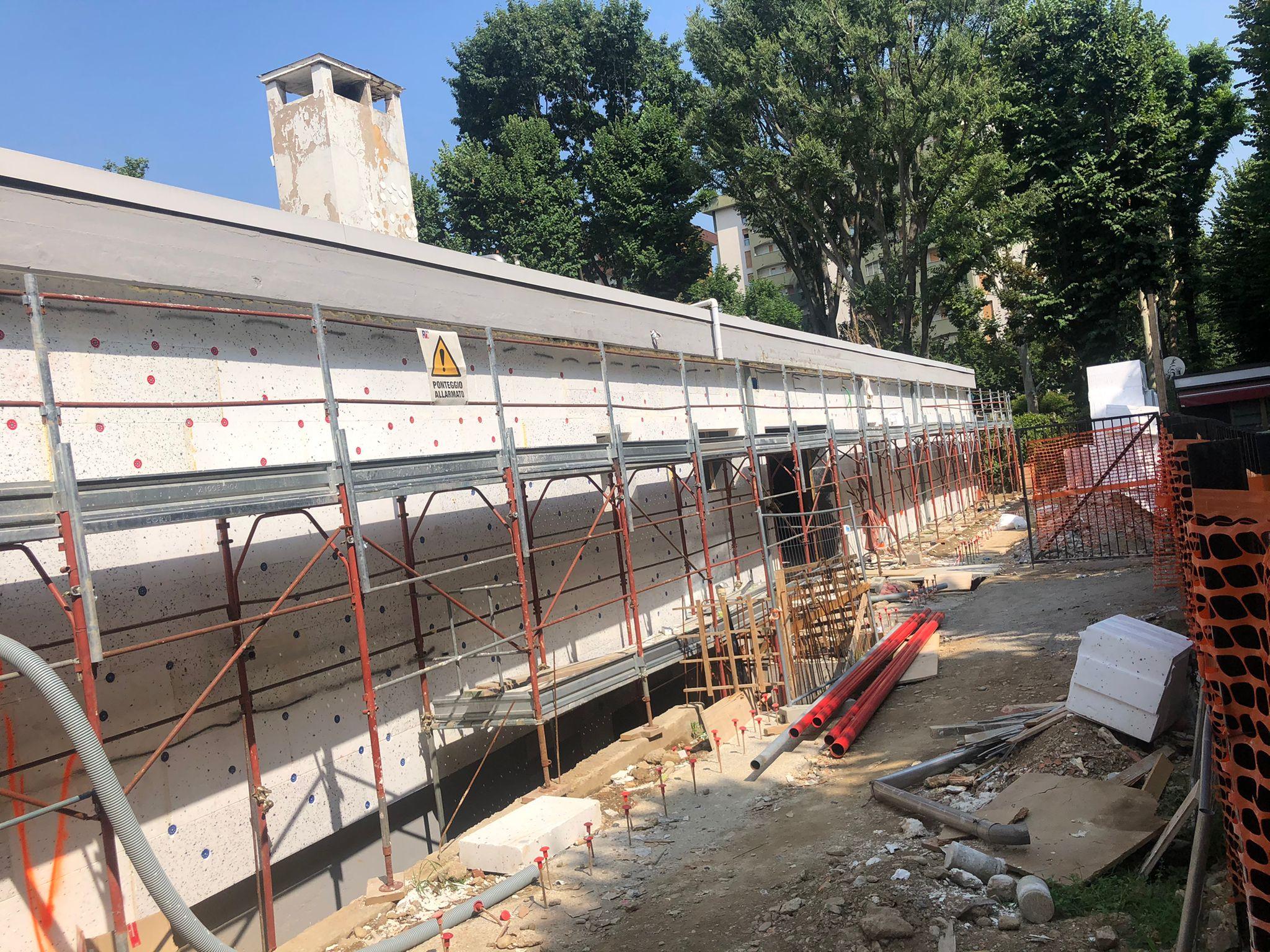 Lavori piscina De Gregorio agosto 2021
