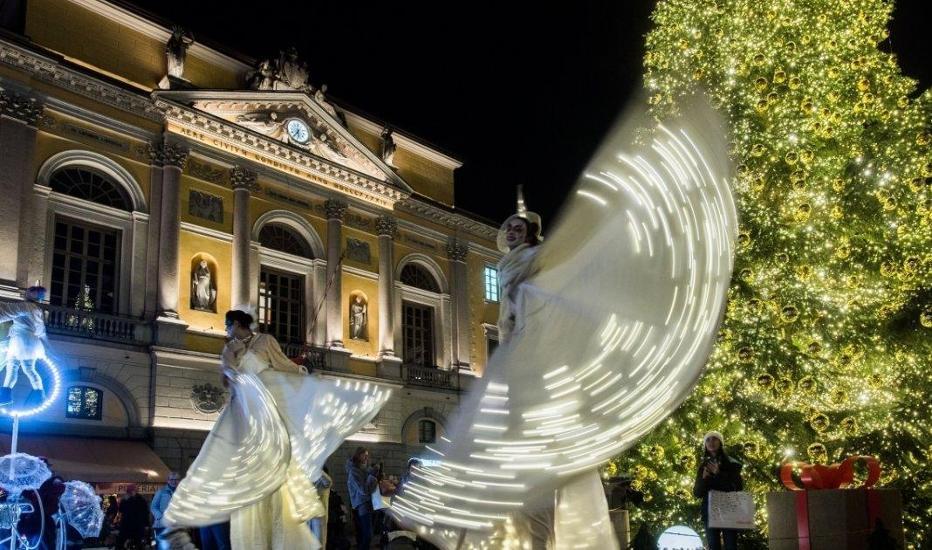 Con la biblioteca, Natale a Lugano: mercatini e visita guidata alla città