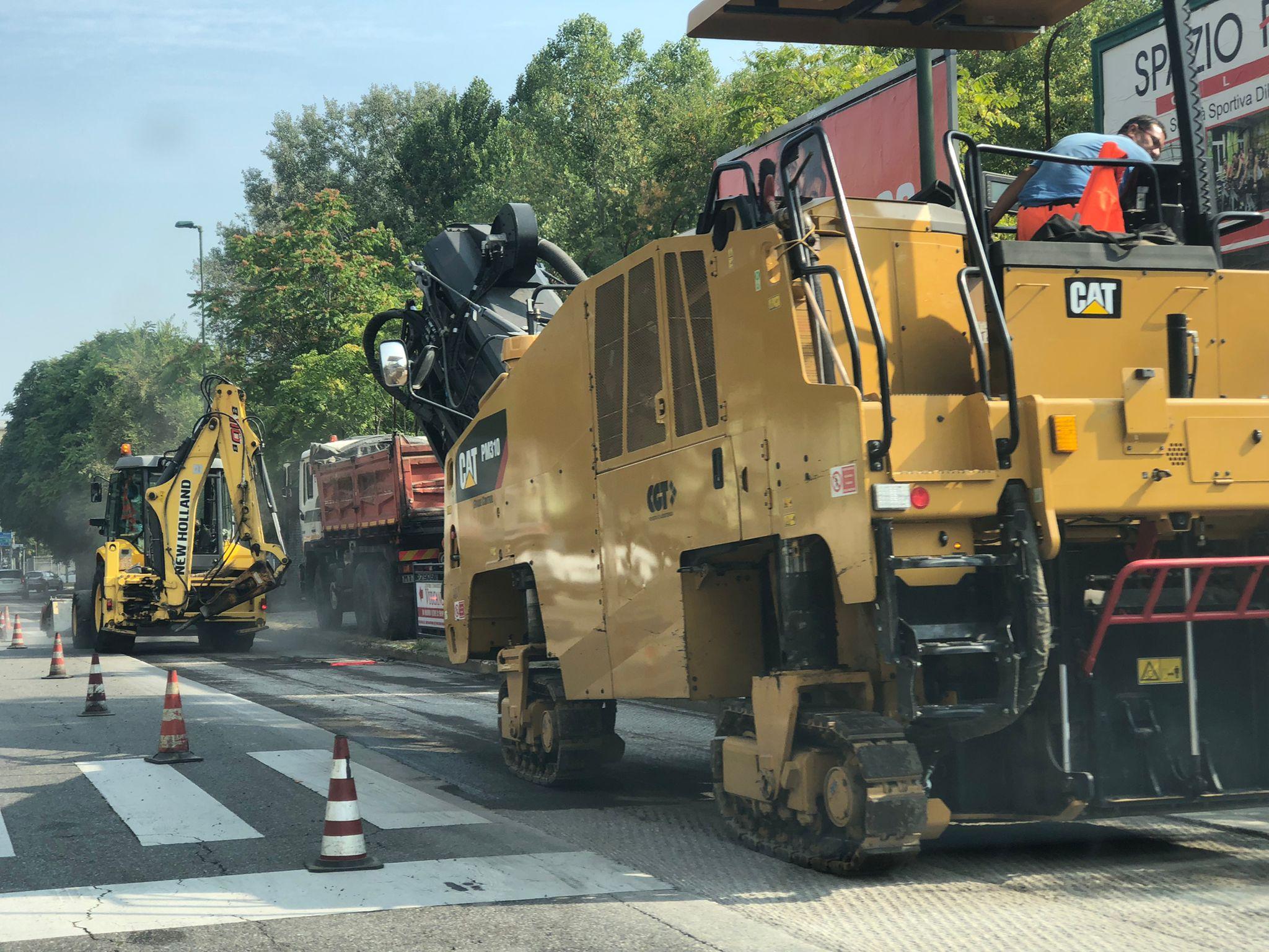 asfaltatura viale Italia -settembre 2021